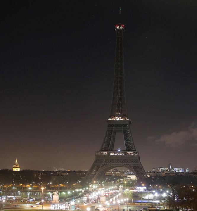 paris_lights_out