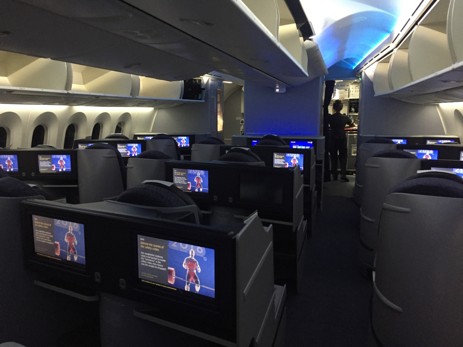 United 787-9 Business - 1