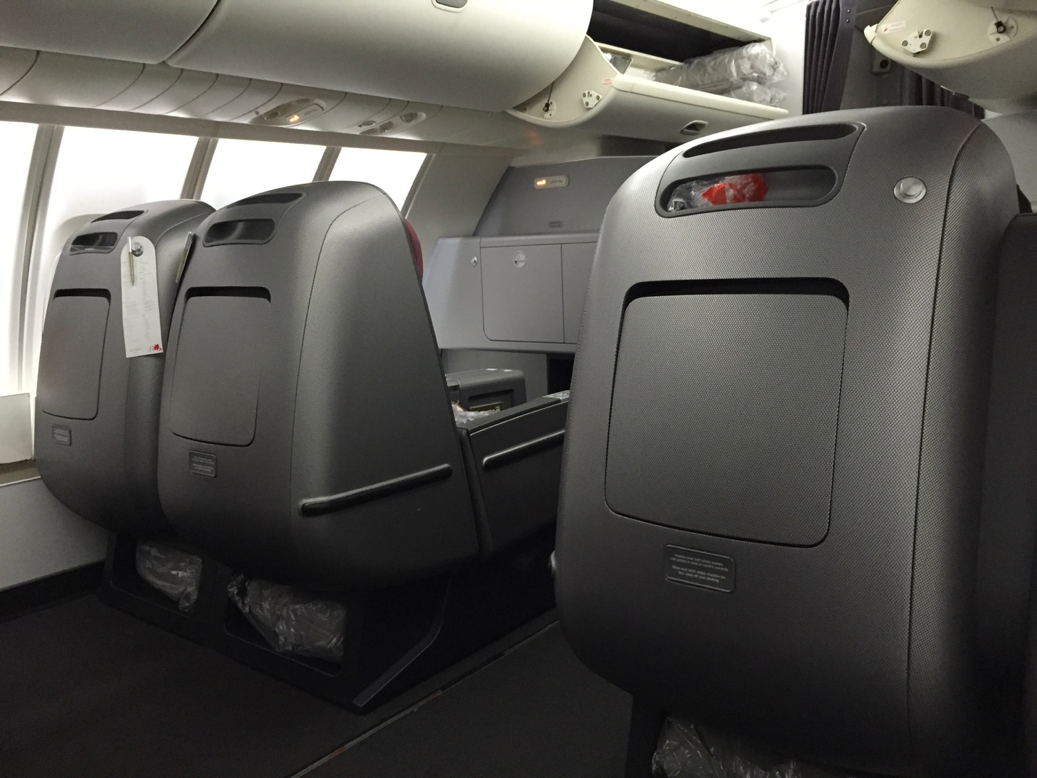 Qantas Business Class 747 Review - 6