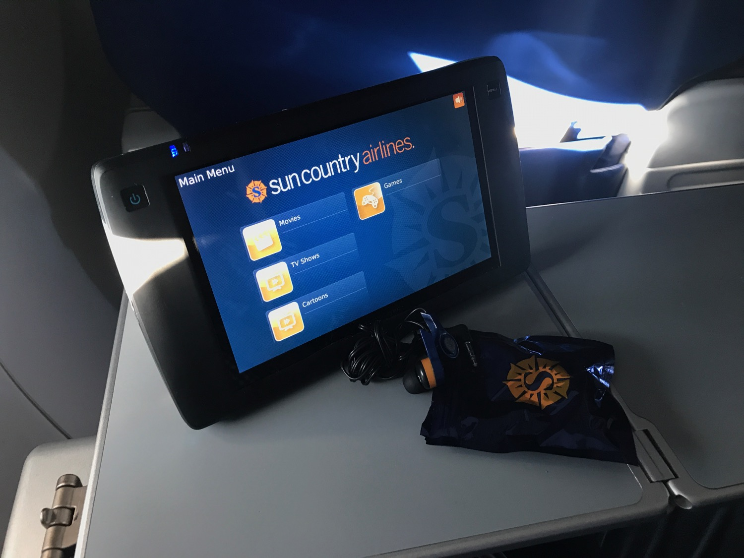 Review Sun Country First Class Los Angeles To Minneapolis