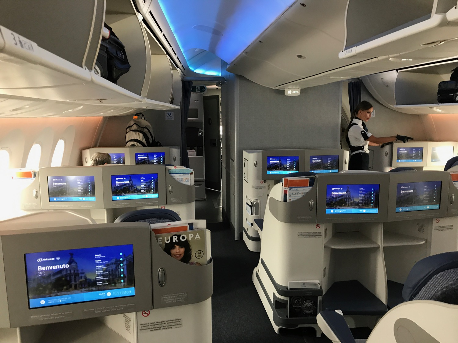 Review air europa 787 business class buenos aires to for Interior 787 air europa