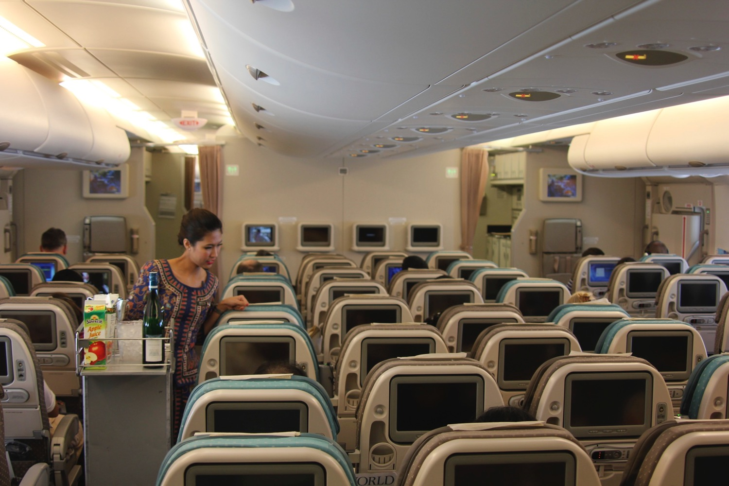 Review Singapore Airlines A380 Economy Class New York To