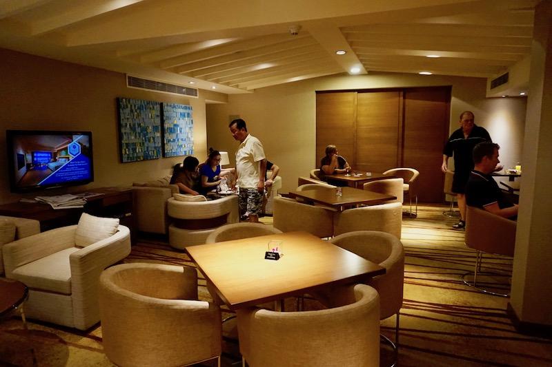 Lounge seating at checkin