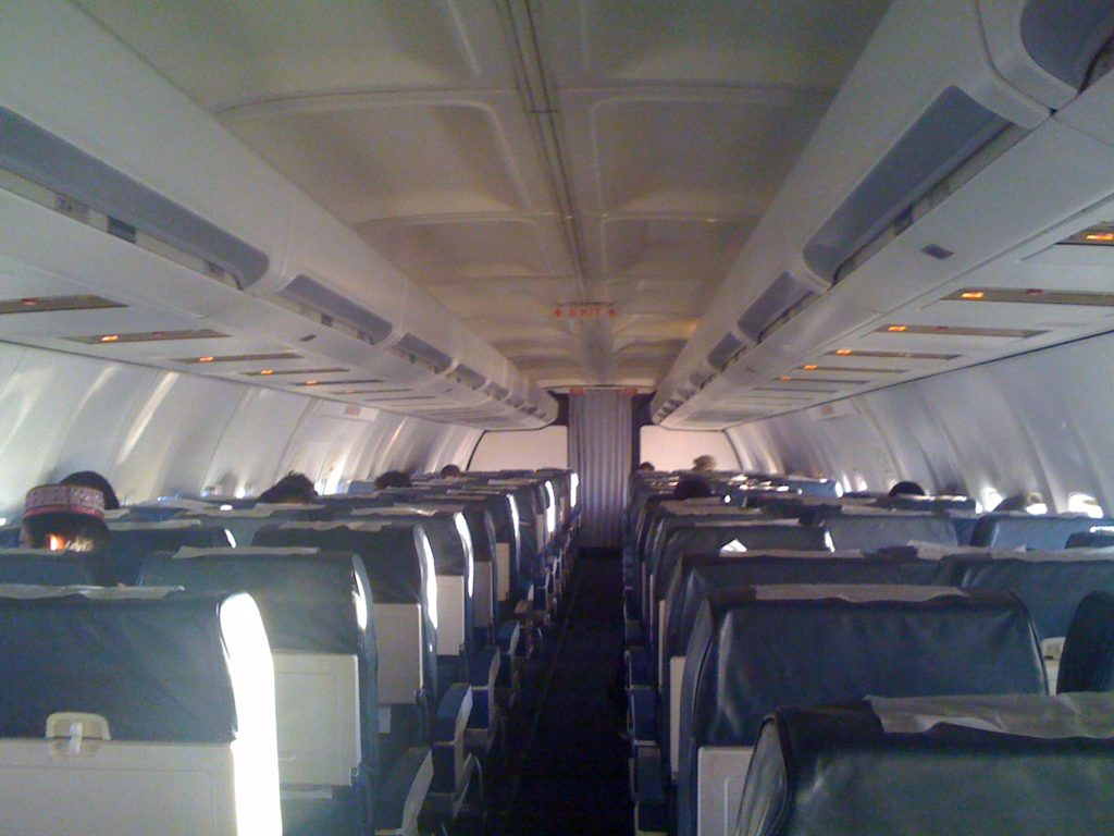 ariana-afghan-airlines-737-400-cabin-interior-economy-class