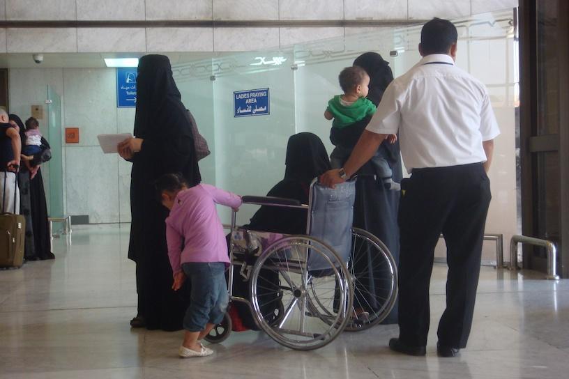 jeddah-airport-saudi-arabia-saudi-arabian-air-saudia-02