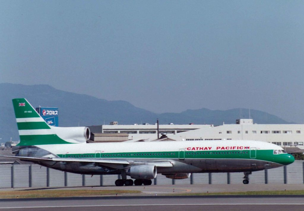 cathay-pacific-old-livery-02