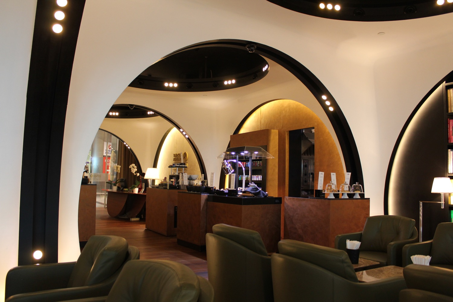 turkish-airlines-arrivals-lounge-istanbul-3