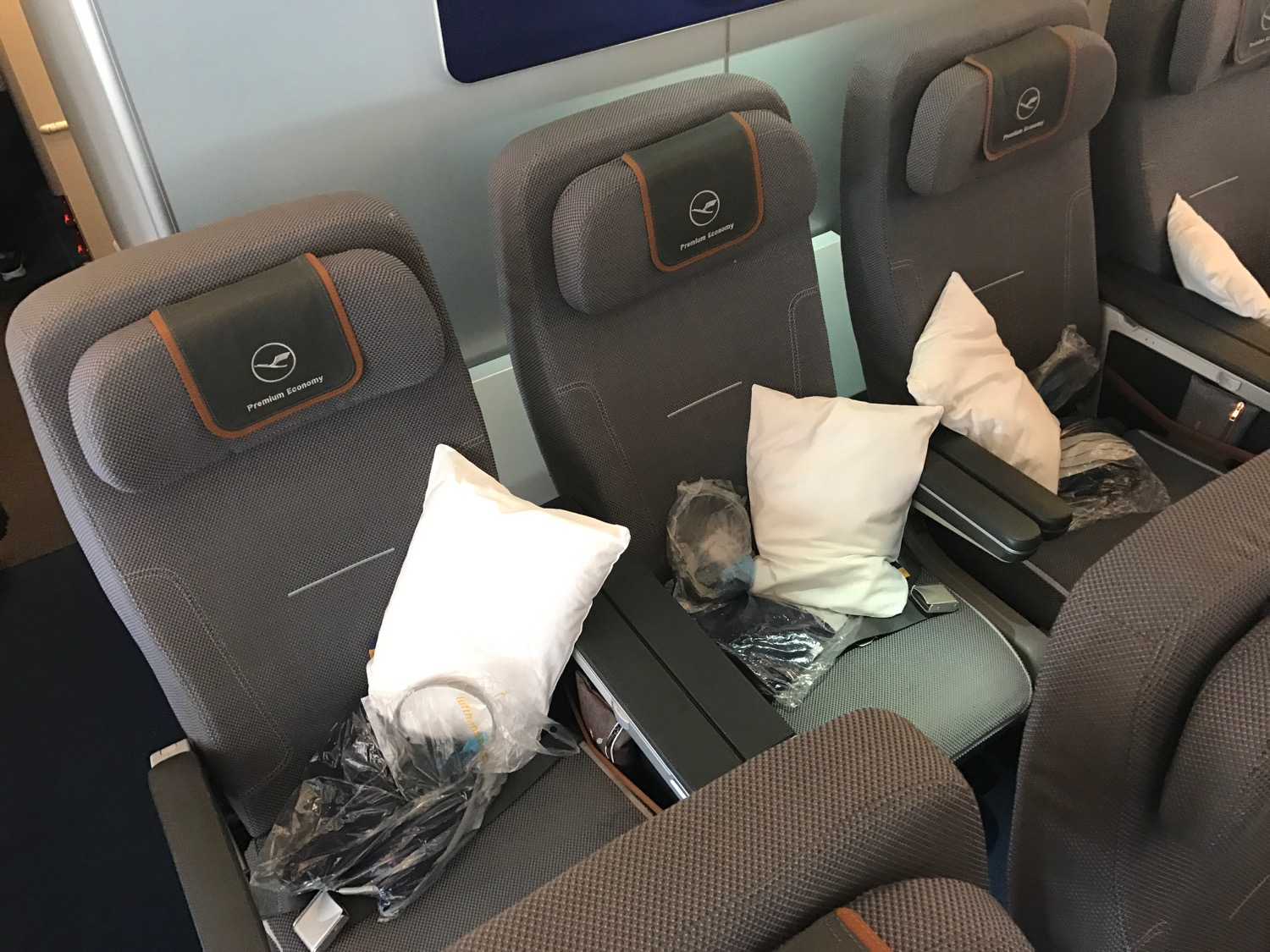 I Survived Lufthansa Premium Economy Live And Let S Fly
