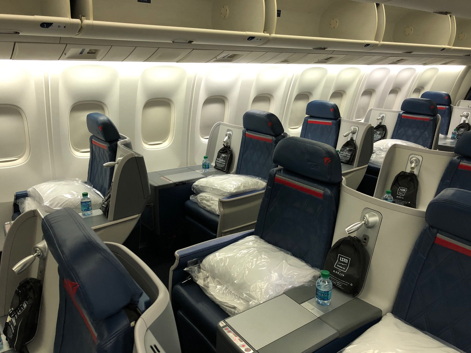 I Enjoyed My Flight On Delta But Live And Let S Fly