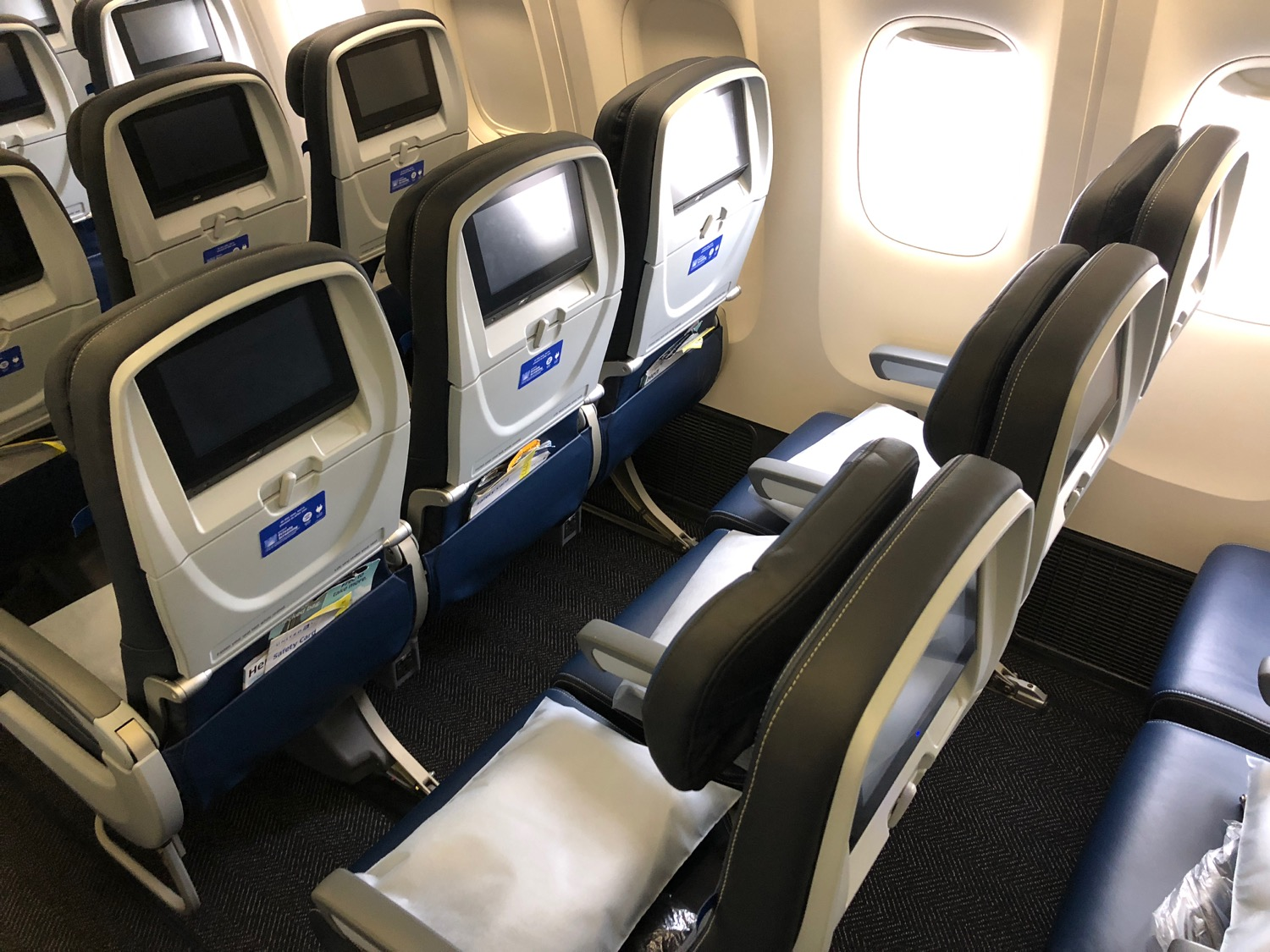 claiming open airlines seats