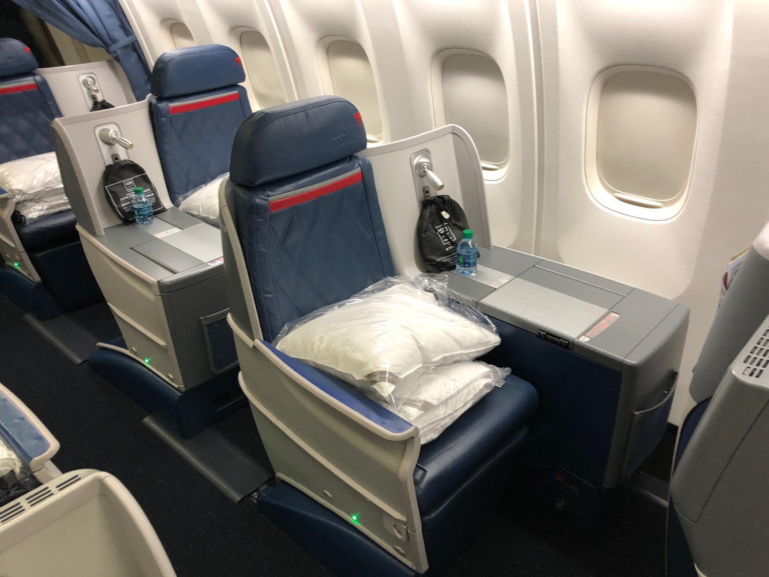 Delta 767 300 Business Class Honolulu