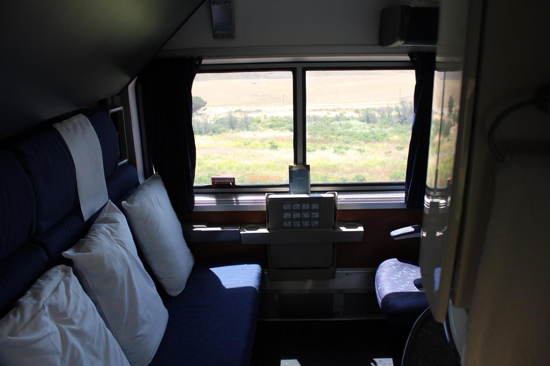 Review Amtrak Coast Starlight Superliner Bedroom Los