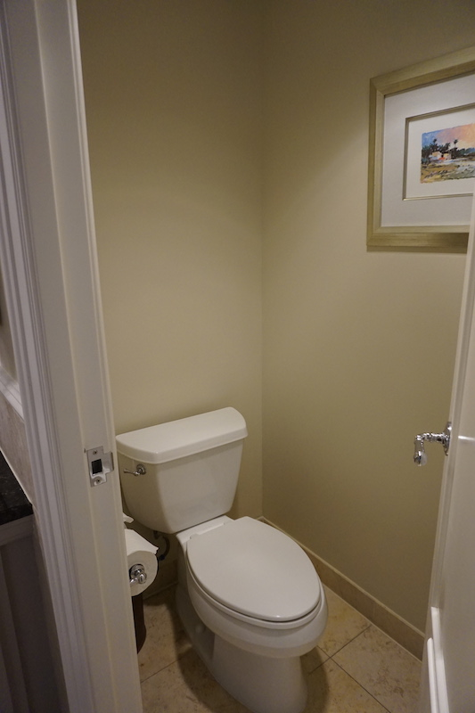 Closed-door water closet