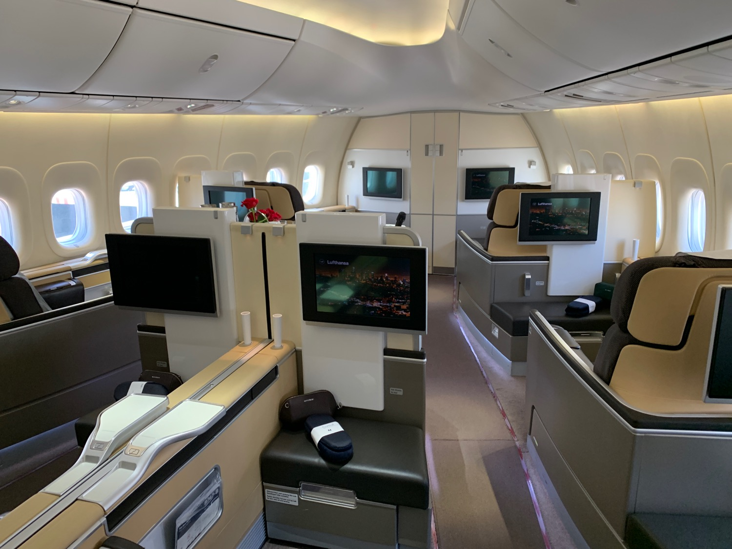 Big Problems Booking First Class Awards With United Airlines