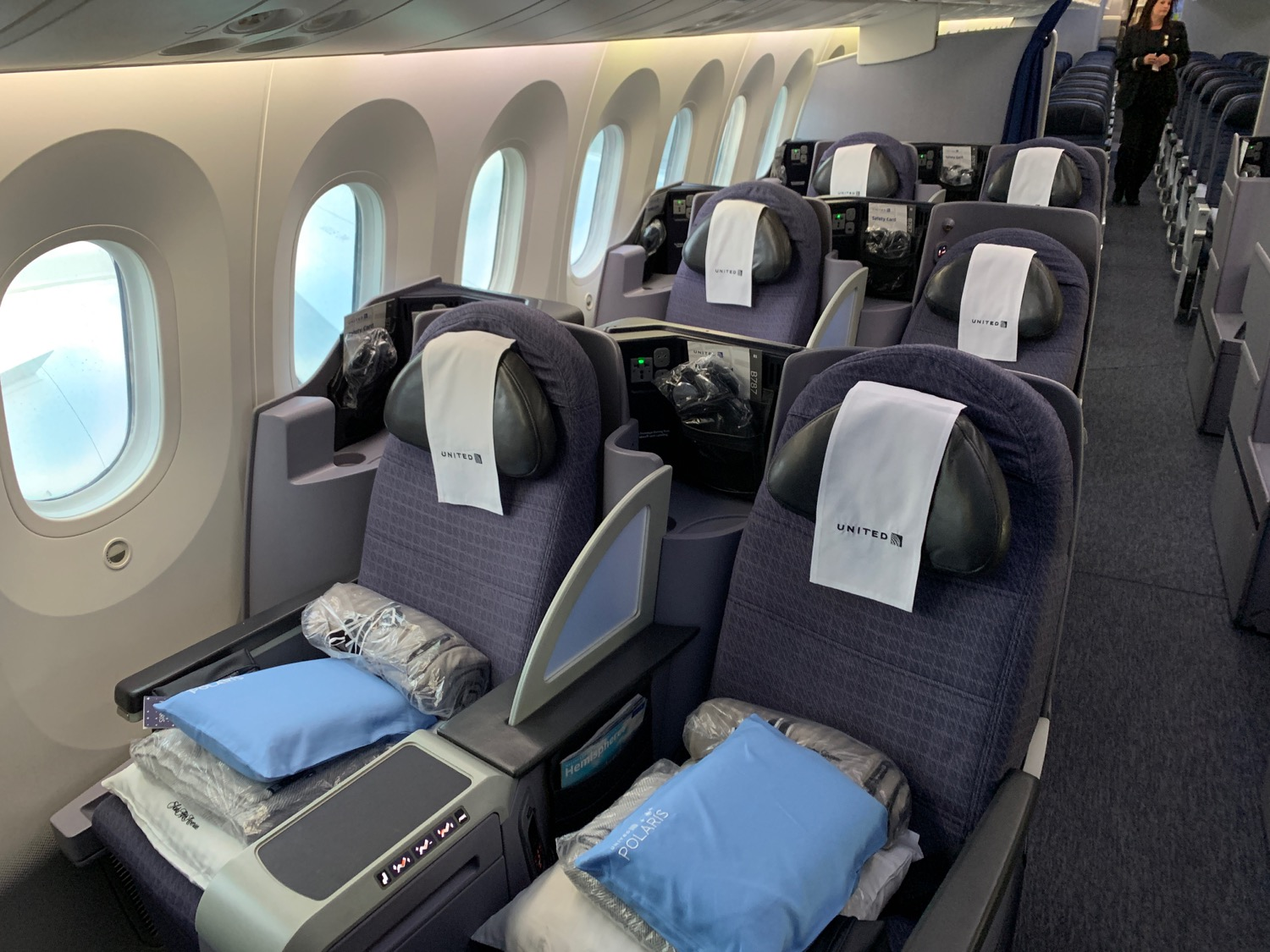 Review: United Airlines 787-8 Business Class Zurich To San