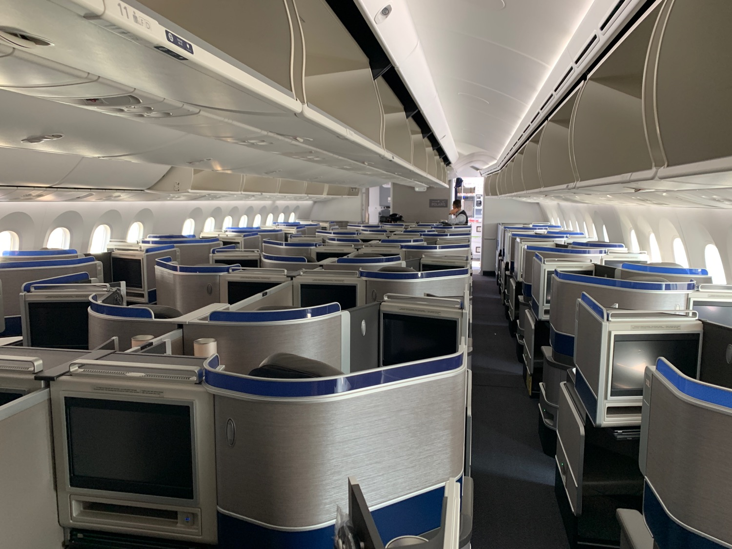 First Impressions Of United 787-10 Dreamliner Polaris Class