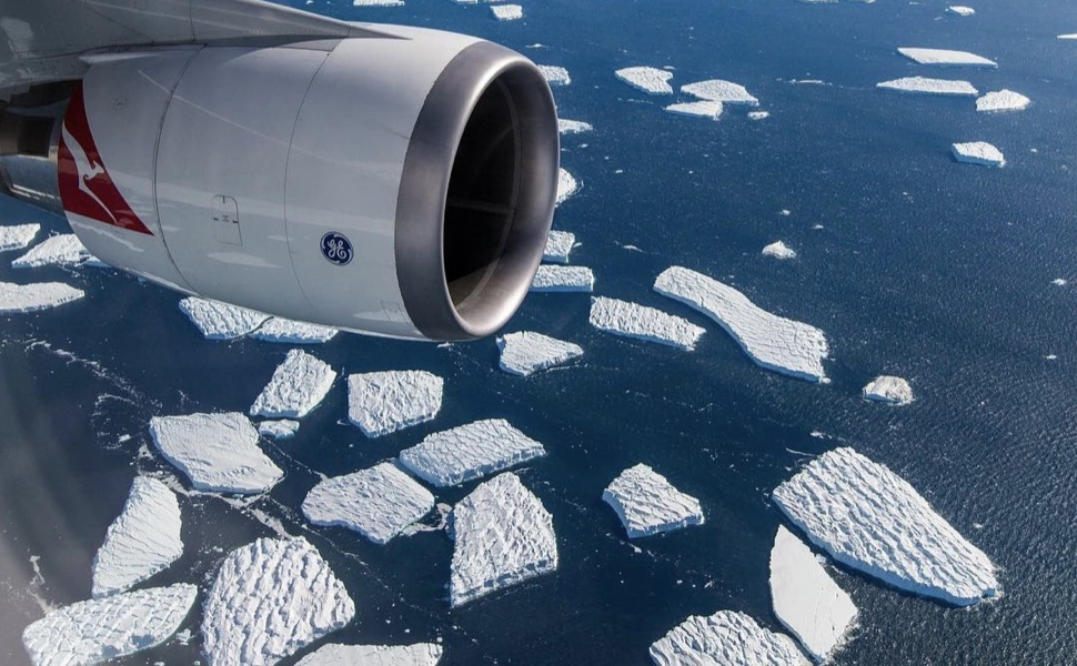 Qantas Will Resume 12-Hour Flights To Nowhere (Antarctica Scenic Flights) - Live and Let's Fly
