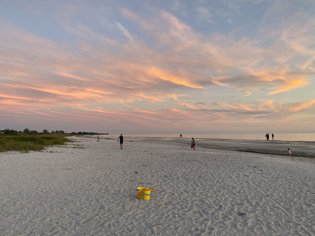 Sanibel sunset top 5 beaches in Fort Myers florida