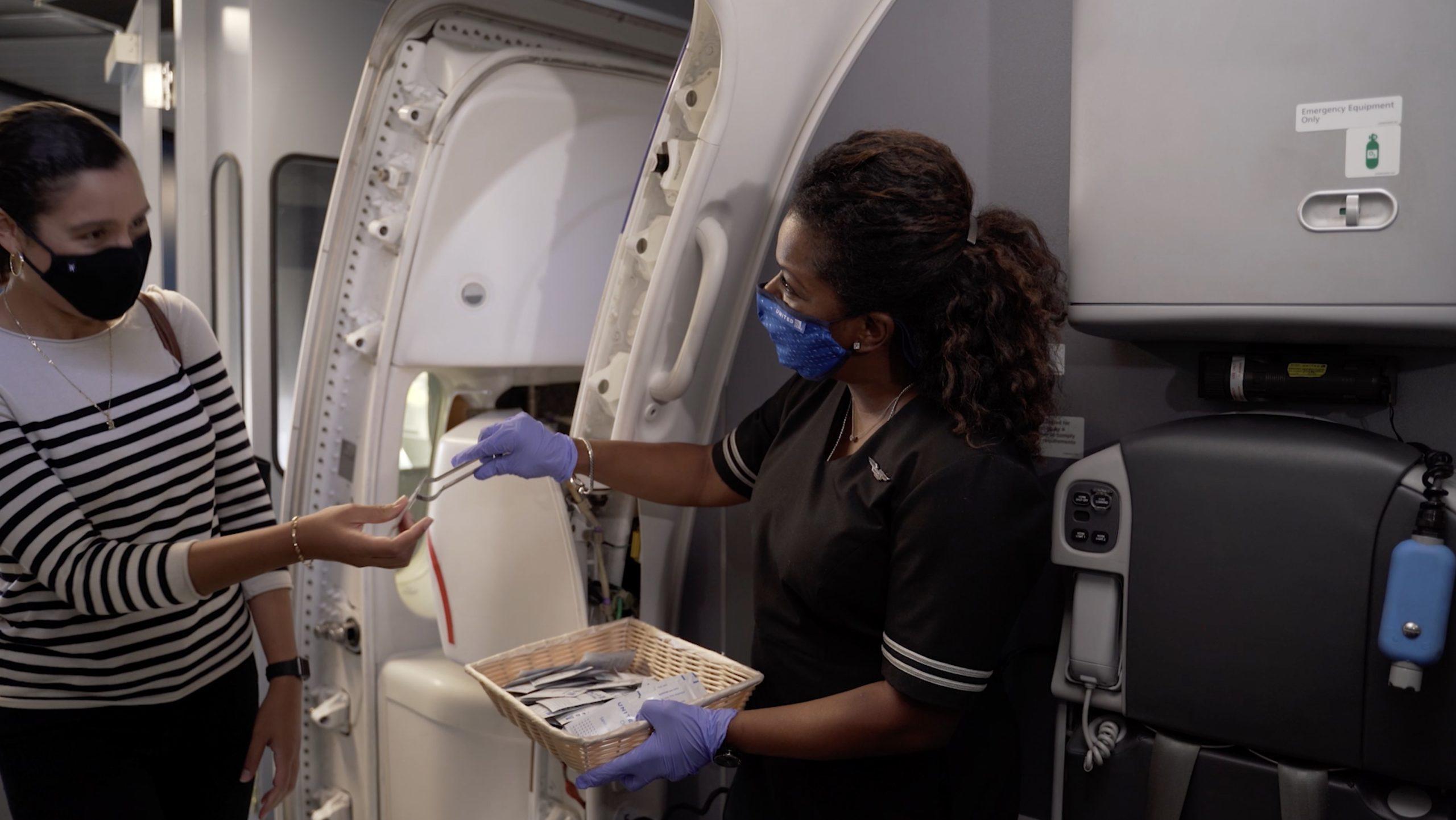 United Airlines Passenger Mask Ban